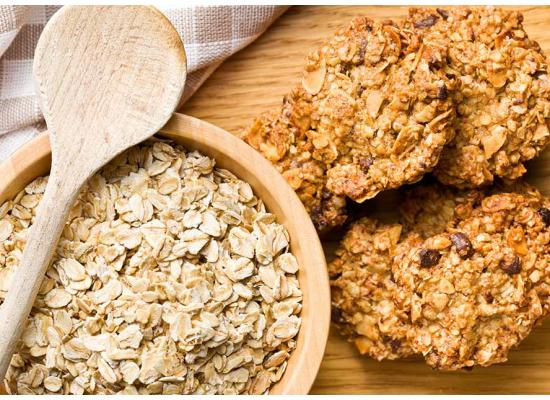 Smiths Food and Beverage Trail Side Oatmeal Treats Hero 01